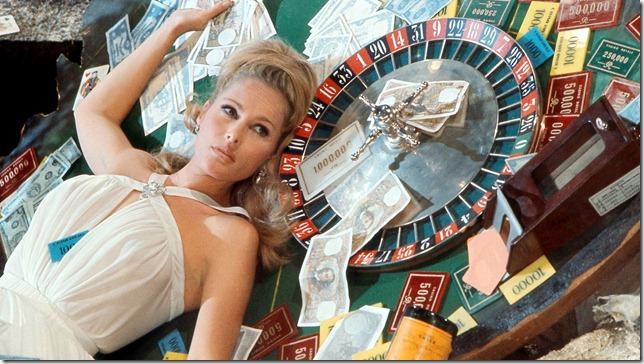 Casino Royale - Parodie (2)